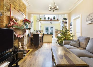 Thumbnail 2 bed flat for sale in Arragon Gardens, London