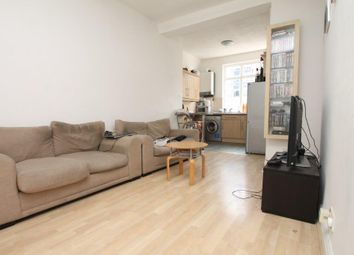 Thumbnail 2 bed flat to rent in Cartwright Street, London