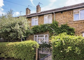 Thumbnail 2 bed flat for sale in Temple Road, Kew, Richmond