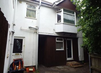 Thumbnail 1 bedroom flat to rent in Rayners Gardens, Swaythling, Southampton