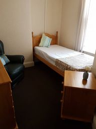 Thumbnail Room to rent in Dover Road, Outwoods Burton On Trent
