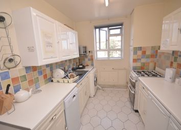Thumbnail Room to rent in Markham House, London SE21 8Qq