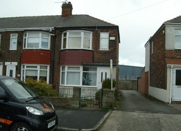 3 bed semi-detached house to rent in Foredyke Avenue, Stoneferry, Hull HU7