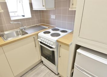Thumbnail 1 bed flat to rent in Kingfield Road, Sheffield