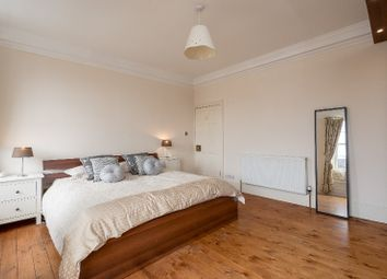 Thumbnail 2 bed flat to rent in Hart Street, New Town, Edinburgh