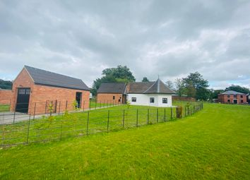 Thumbnail 1 bed country house to rent in Lutterworth Road, Churchover, Rugby