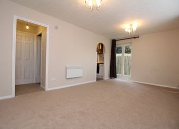 Thumbnail Studio to rent in Orchard Grove, London
