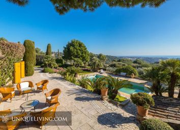 Thumbnail 5 bed villa for sale in Les Hauts De Saint Paul, St Paul De Vence, French Riviera