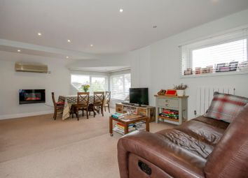 Thumbnail 2 bed property for sale in Creighton Avenue, London
