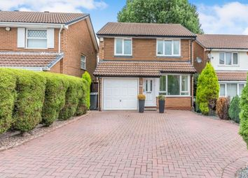 Thumbnail 3 Bedroom Detached House For Sale In Holly Dell Kings Norton Birmingham