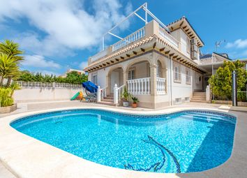 Thumbnail 6 bed villa for sale in Torrevieja, Spain