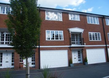 Thumbnail 3 bed town house to rent in Radnor Close, Henley