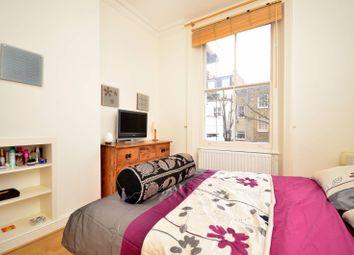 Thumbnail 2 bedroom flat to rent in Eardley Crescent, Kensington