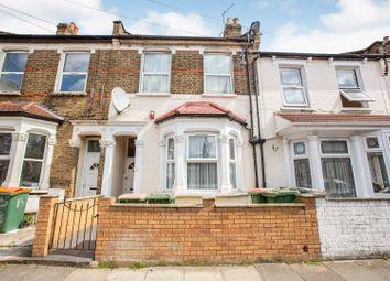 Selsdon Road, London E13. 3 bed flat for sale