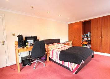 Thumbnail 1 bed property to rent in Baker Street, Reading