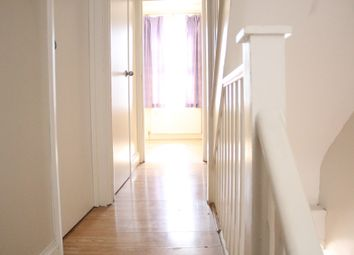 Thumbnail Room to rent in Halley Road, London