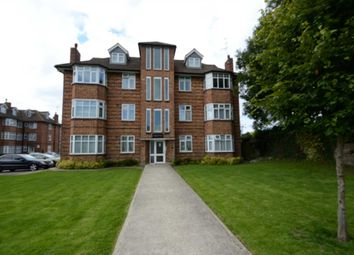 Thumbnail 2 bed flat to rent in Oakleigh Road North, Whetstone, London