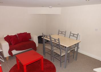 Thumbnail 3 bedroom flat to rent in Fawcett Road, Southsea