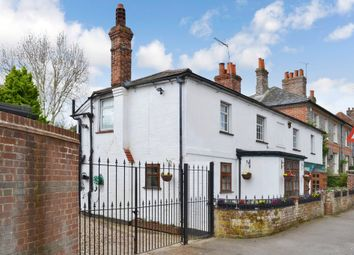 Thumbnail 5 bed detached house for sale in Bath Road, Speen, Newbury