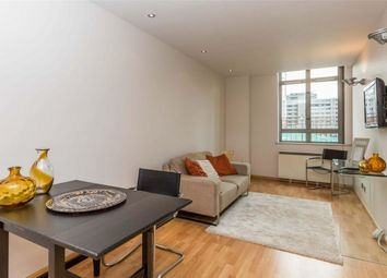 Thumbnail 1 bed flat to rent in Angel, Old Street, Clerkenwell, London