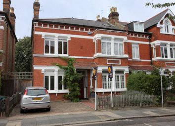5 bed property to rent in St. Stephens Gardens, Twickenham TW1