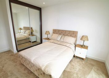 Thumbnail 1 bed flat to rent in Nine Elms Point Pinto Tower, Wandsworth Road, Vauxhall