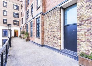 Thumbnail 5 bedroom flat for sale in Bethnal Green Road, London