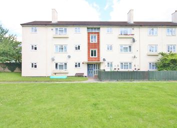 Thumbnail 2 bed flat for sale in Kersington Crescent, Oxford