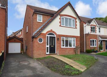 Whiffen Walk, Bradbourne Fields, East Malling, Kent ME19. 3 bed detached house for sale