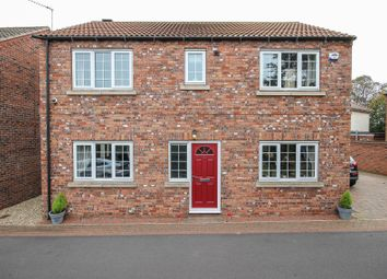 Thumbnail 3 bed detached house for sale in Tower Gardens, Hatfield, Doncaster