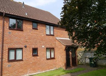Thumbnail 2 bed flat to rent in Maple Court, Kidlington, Oxford