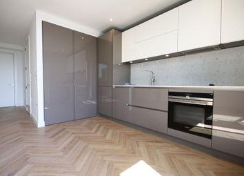 Thumbnail Studio to rent in Southwark Bridge Rd, Elephant & Castle