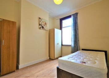 Thumbnail 5 bed shared accommodation to rent in Reginald Road, Forest Gate