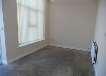 Thumbnail 1 bed flat to rent in Thornhill Road, Rastrick, Brighouse, West Yorkshire