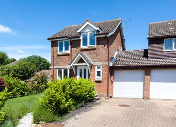 Thumbnail 3 bed link-detached house for sale in Robin Close, Southwater, Horsham