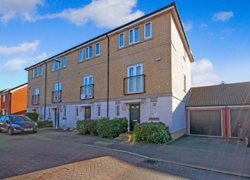 4 bed town house for sale in Montague Street, Basildon SS14