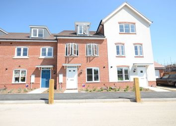 Thumbnail 3 bed town house to rent in Clover Rise, Woodley, Reading