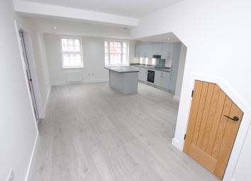 Thumbnail 1 bed flat to rent in Bell Street, Henley-On-Thames