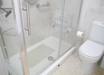 Thumbnail 1 bed flat to rent in Edwards Court, Turners Hill, Cheshunt