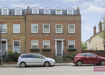 2 bed maisonette to rent in The Green, London N21