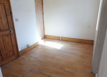 Thumbnail 1 bedroom flat to rent in Midvale Road, Paignton