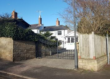 Thumbnail 3 bed cottage for sale in Cheapside Road, Ascot