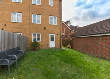 3 bed town house for sale in Sachfield Drive, Chafford Hundred, Grays RM16