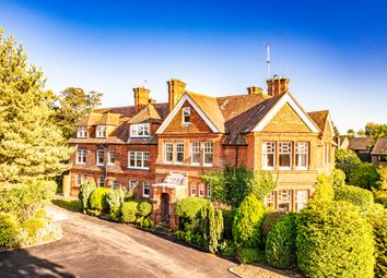 Thumbnail 2 bedroom flat for sale in 6 Wolsley House, Goring On Thames