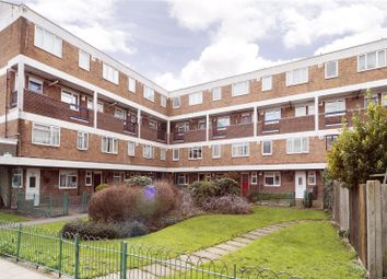 Thumbnail 2 bed flat to rent in Ashbourne Court, 137 Daubeney Road, London