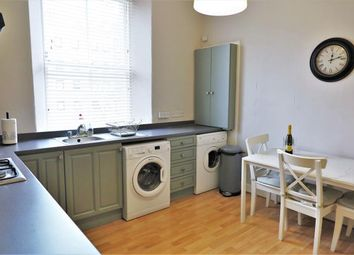 2 bed flat to rent in Moncrieff Terrace, Newington, Edinburgh EH9
