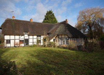 Thumbnail 5 bed cottage to rent in Shurdington Road, Shurdington, Cheltenham