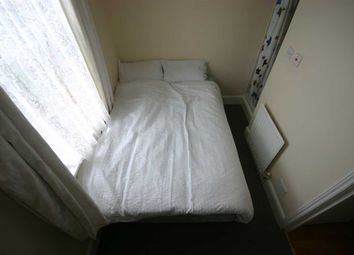 Thumbnail 1 bedroom flat to rent in St Edmunds Road, Shirley, Southampton