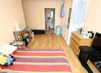 Thumbnail 4 bedroom shared accommodation to rent in Aegean Apartment, 19 Western Gateway, Royal Victoria