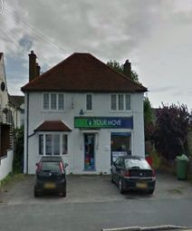 2 bed maisonette to rent in St. Albans Road, Garston, Watford WD25